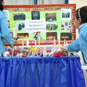 Paying_Tribute_to_APS_Martyrs_2016-17 (3)