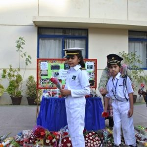 Paying_Tribute_to_APS_Martyrs_2016-17 (4)