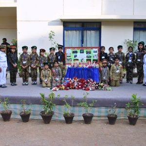 Paying_Tribute_to_APS_Martyrs_2016-17 (5)